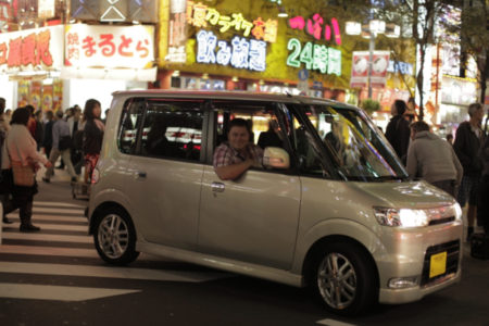 Picture shows: Mike Brewer in Diahatsu Tanto; car 10 in Japan
